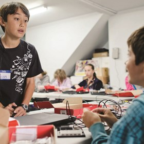 What if every kid could learn through tinkering?