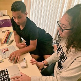 Teach kids computer science through design and inquiry