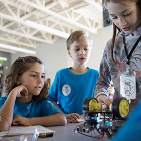 Why STEM recruitment programs aren' 't working
