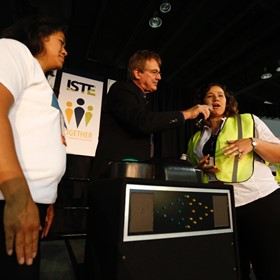 ISTE Expo Hall: Fun and games provide relaxing interlude