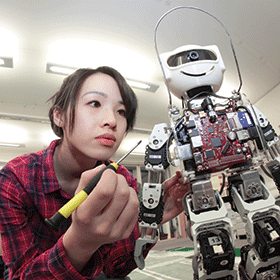 The role of robotics in connecting curriculum to deep, meaningful learning