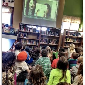 Enseñar a los niños a cuidar sus modales de Skype
