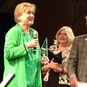 ISTE Interim CEO Receives Lifetime Achievement Award for Long-standing Commitment to Education Technology
